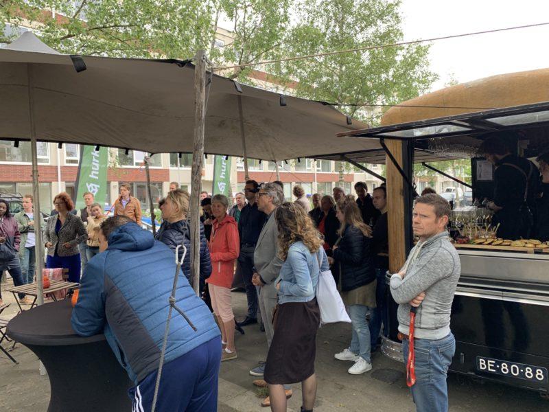 Feestelijke oplevering van 60 starterswoningen in Kanaleneiland