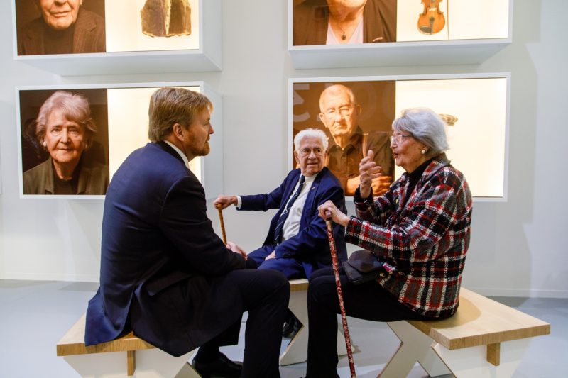 Koning Willem-Alexander opent NM Kamp Vught